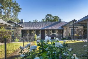 Stoneleigh Cottage Bed and Breakfast - Accommodation Coffs Harbour
